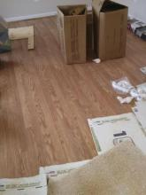 The flooring is going in!